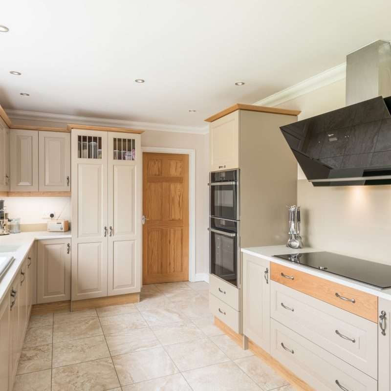 Traditional Cream Kitchen | Anglia Kitchens and Bedrooms